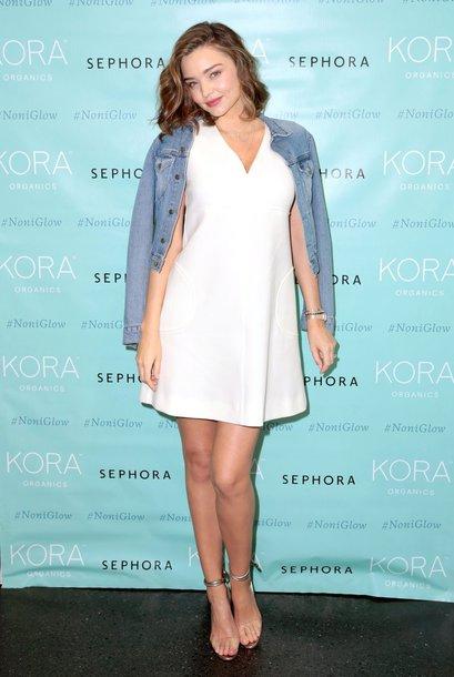 dress denim jacket white white dress sandals miranda kerr model off-duty jacket