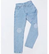 jeans,pants,knee patch,patch,boyfriend jeans,denim,light blue,acid wash