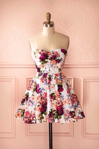 dress floral dress pretty woman nsnow oscars 2015 flowers 50s style short beautiful summer floral mini dress skater dress flower girl dress short dress white dress white orange dress orange red dress red strapless strapless dress