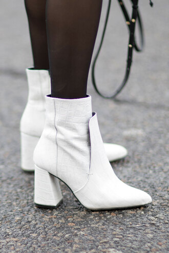 shoes nyfw 2017 fashion week 2017 fashion week streetstyle white boots ankle boots high heels boots thick heel boots thick heel tights
