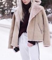 coat,shearling jacket,fur,fur coat,fur jacket,beige,brown,winter outfits,winter coat,warm