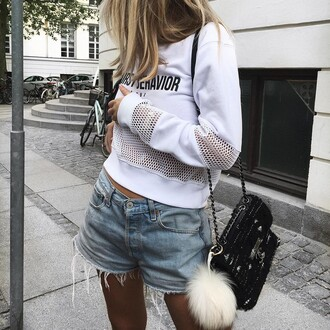 top white sweater tumblr sweatshirt mesh top mesh white top long sleeves bag black bag bag accessoires fur keychain shoulder bag shorts denim shorts blue shorts