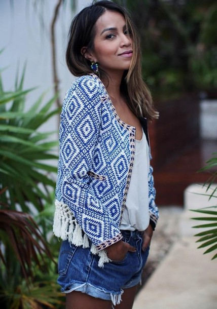jacket ethnic boho spring spring jacket blue and white tassel printed jacket sincerely jules blogger denim shorts white t-shirt tassel jacket