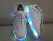 glow in the dark,lights,shoes,flashing,light up,light,white,cool,beautiful