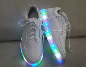 glow in the dark lights shoes flashing light up light white cool beautiful