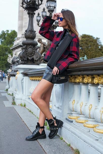 fashion vibe skirt shoes jacket bag sunglasses t-shirt coat red tartan trendy leather jacket
