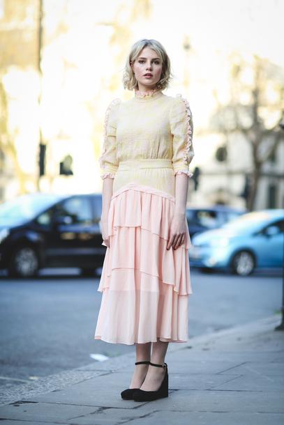 Dress London Fashion Week 2017 Fashion Week 2017 Fashion Week Streetstyle Ruffle Ruffle