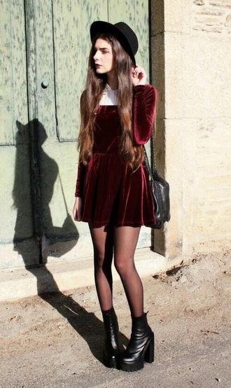 dress dark grunge 90s style velvet dress red velvet dress velvet red red velvet grunge dress white white collar collar tumblr tumblr outfit