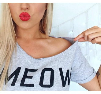t-shirt shirt summer meow like cats meow shirt gris noir lettre mot cute girly hipster white classy blouse white t-shirt top black print shirt sexy shirt