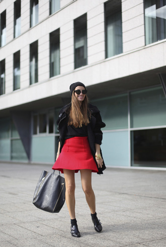 derbies sunglasses skirt blogger b a r t a b a c red maxi bag