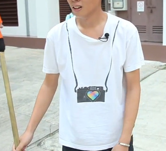 t-shirt camera tourist hanging camera photographer photography mens t-shirt