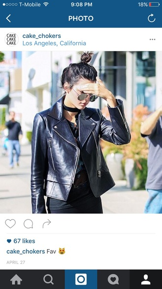 jewels jewelry necklace choker necklace black choker kendall jenner model model off-duty celebrity style celebstyle for less keeping up with the kardashians round sunglasses black leather jacket