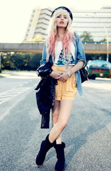 yellow shorts jacket tank top black boots summer look