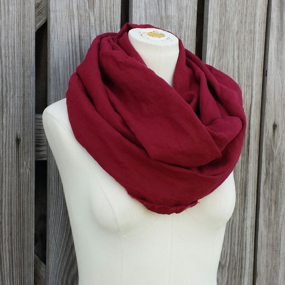 Find maroon scarf at ShopStyle. Shop the latest collection of maroon scarf from the most popular stores - all in one place.