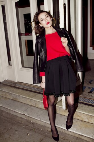 blogger winter outfits perfecto red bag pouch la petite anglaise red circle skirt red lipstick