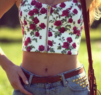 t-shirt date outfit top bustier roses flowers floral tank top floral high waisted shorts belt leather white bustier white denim shorts denim