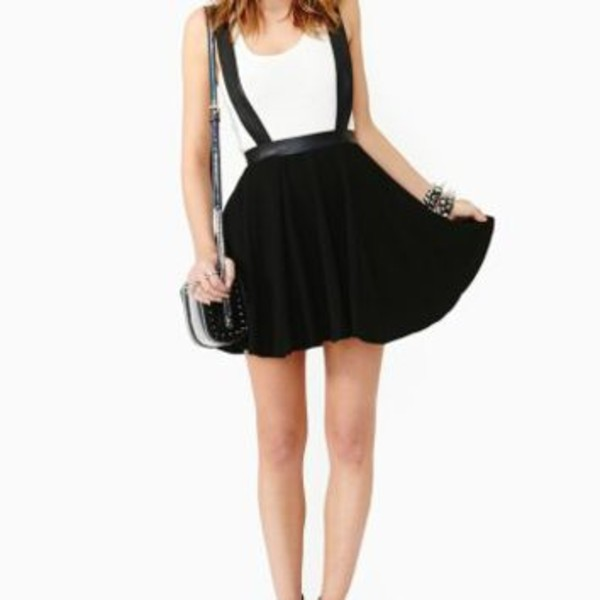 dress black skirt skirt with suspenders nail polish jewels