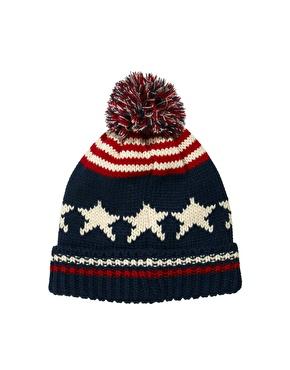 ASOS | ASOS – Mütze mit Bommel und Sternen und Streifen bei ASOS