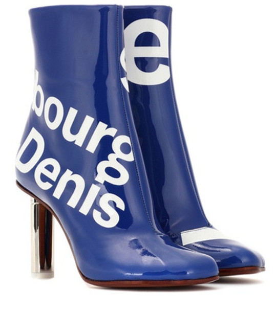 Vetements Printed ankle boots in blue
