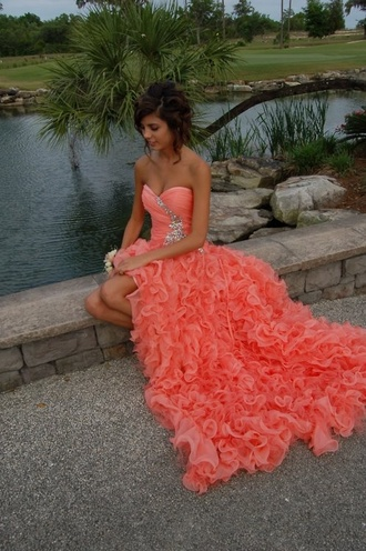 dress prom dress prom coral pink ruffle maxi dress red dress grad diamonds this color exact ally like this! orange ruffled coral dress red orange flowy waves long peach