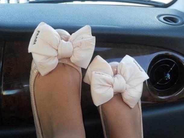 shoes prada flats ballet flats bow big bow nude flannel shirt classy