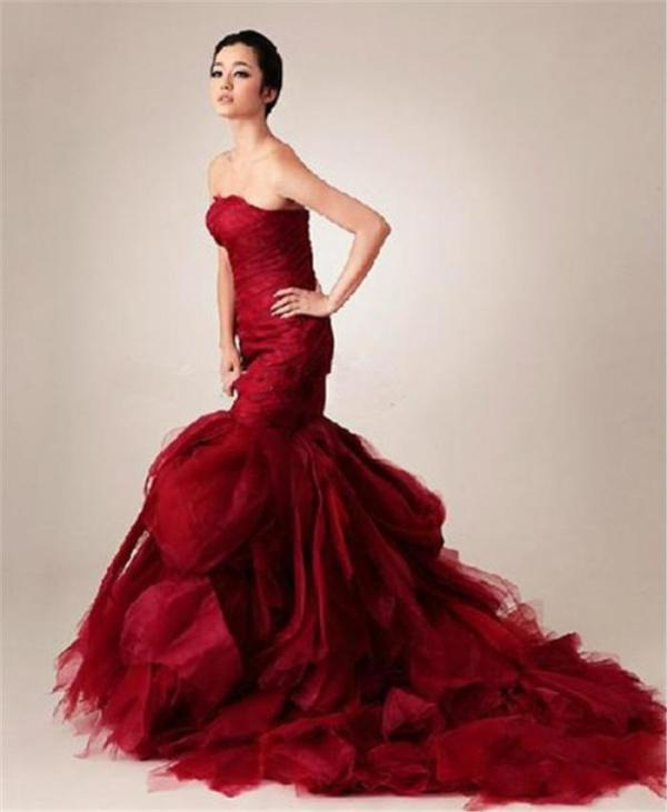 Discount court train red mermaid wedding dresses strapless sleeveless online with $153.93/piece