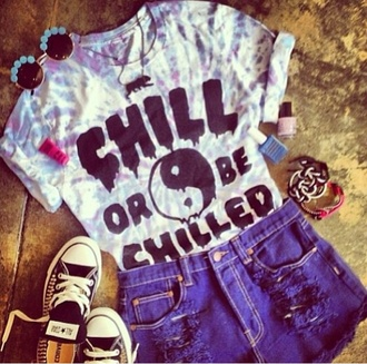 shirt cool t-shirt floral sunglasses high waisted shorts shorts sunglasses jewels t-shirt yin yang chill tie dye glasses shoes pants