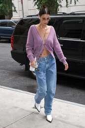 sweater,cardigan,bella hadid,model off-duty,streetstyle,fashion week,fall outfits,fall sweater