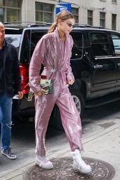 bag,gigi hadid,jumpsuit,pink,model off-duty,pants,fall outfits