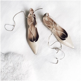 shoes nude shoes flats minimalist pointed toe flats lace-up shoes pointed toe summer accessories spring accessory beige pink lace up beige shoes