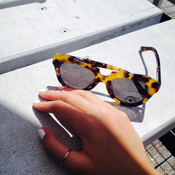 sunglasses fashion wow nail polish