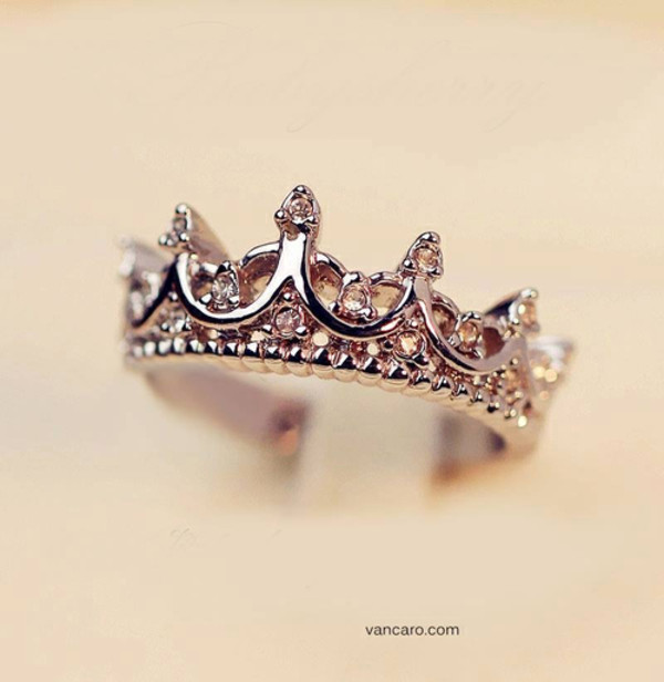jewels ring crown
