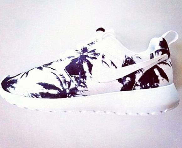 nike shoes nike roshe run spring palm tree print