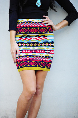 Day and night sweater skirt: multi