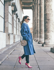 coat,tumblr,blue coat,oversized,oversized coat,pumps,pointed toe pumps,high heel pumps,bag,round bag,sunglasses