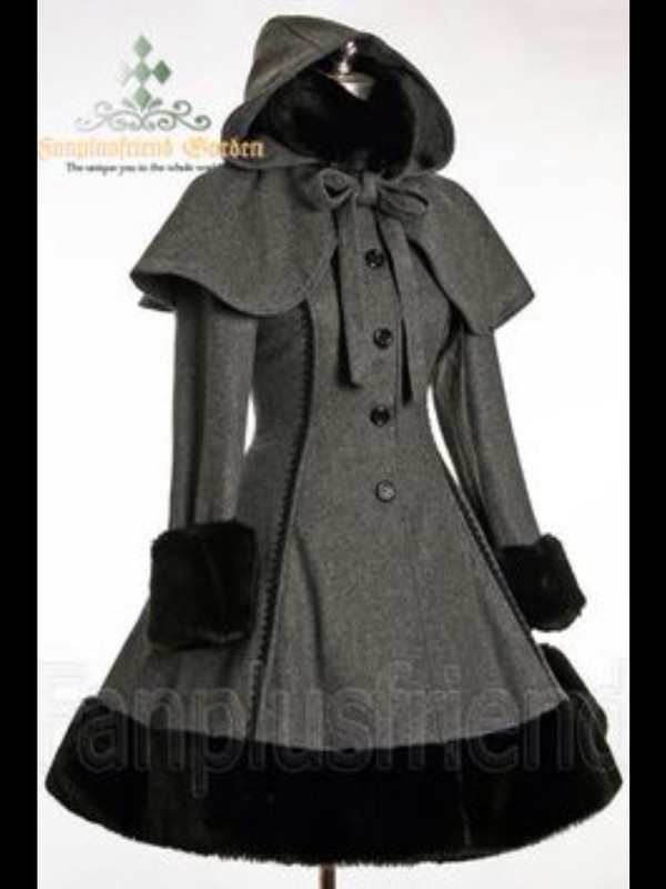 Classic Gothic Lolita: Heavy Wool &amp Fur Coat with Hood Cape