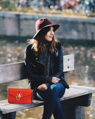 bag tumblr denim jeans blue jeans skinny jeans red bag j w anderson black leather jacket leather jacket jacket black jacket felt hat hat fedora sweater grey sweater fall outfits