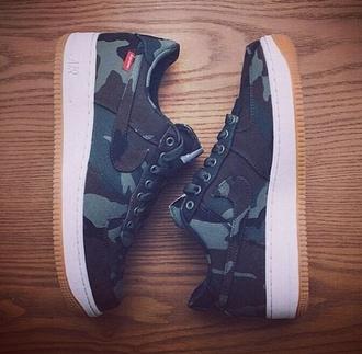 shoes nike supreme camouflage