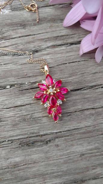 jewels vintage necklace\ pink pink sapphire pink sapphire necklace cluster necklace diamond necklace charm necklace sterling silver necklace vintage