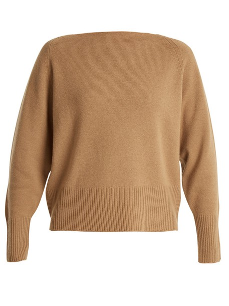 sweater light brown