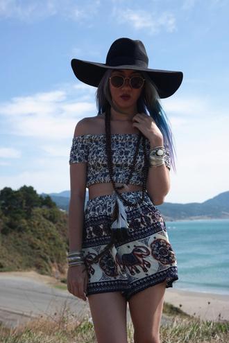 stardust bohemian blogger elephant boho peasant top crop tops printed shorts black hat