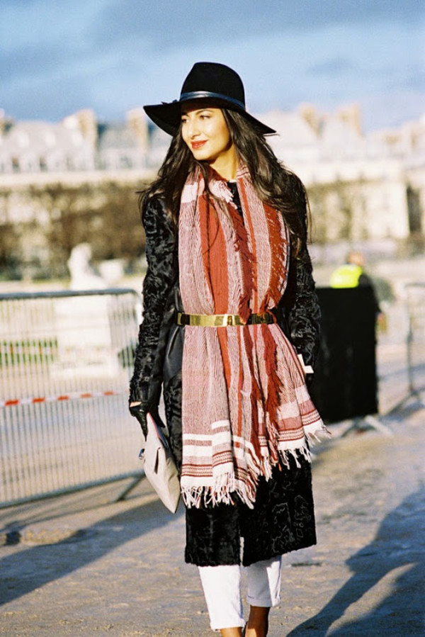vanessa jackman blogger scarf faux fur