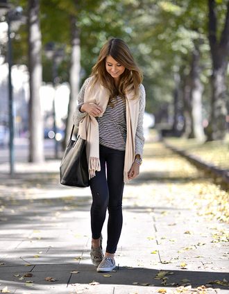 mariannan blogger cardigan scarf jeans bag loafers shoes