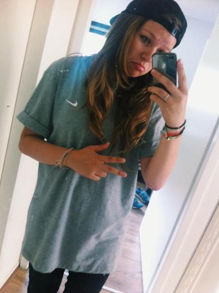 nike t-shirt nike shirt urban outfitters