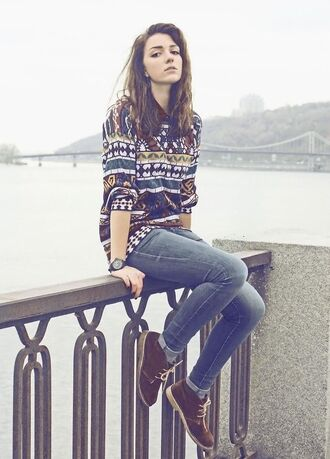 shirt navajo ethnic ethnic print loose sweater gandad old baggy dark aztec baggy. oversized shoes printed sweater boots love cute pretty jeans trainers shorts pants winter outfits autum jumper tribal sweater style fashion stylish hair accessory cute shoes rainbow