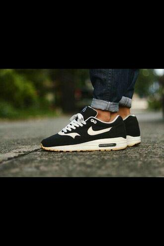 shoes noir blanc air max 1 36