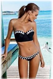 swimwear,black,geometric,black and white,bikini,black bikini,bandeau bikini,summer outfits,aztec,pattern,sexy,summer,girly,happy face,skinny,blonde hair,volcom,blouse,studs,pool,maillot de bain,maillot