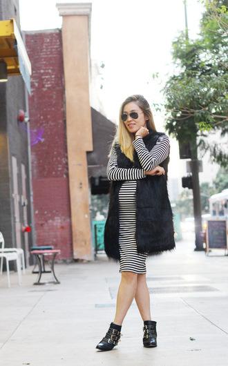 striped dress blogger bag jacket sunglasses love joo kim maternity dress aviator sunglasses