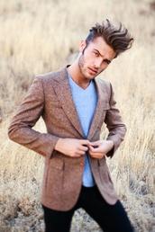jacket,brown,tweed,tweed blazer,pockets,smart,menswear,mens jacket,hipster menswear