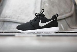Nike Roshe One Women Black And White